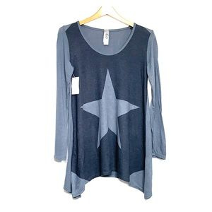 NWTs GO COUTURE • Star Grey Color Block Sweater